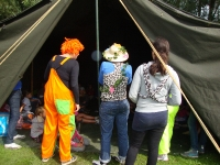 BSO kamp clown in de tent