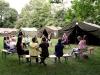 op kamp met 4 legertenten van Hamstra